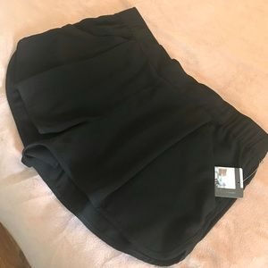 UO Pleated Tap Short